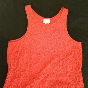 Size L lace front red sleeveless top